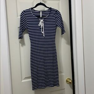 Gilli navy and white striped dress